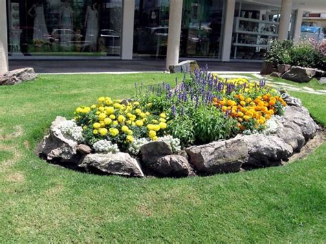 rock flower beds flower bed rock borders www pixshark com images