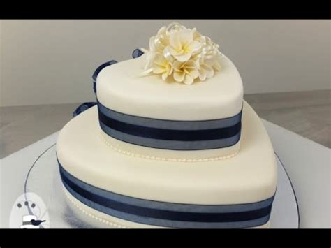 Shaped Wedding Cakes by Two Tier Shaped Wedding Cake