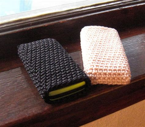 Great Idea For Your Cell Phone Knitting
