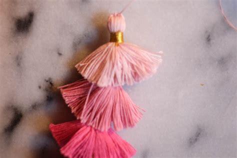 Anting Simple Fan Tassel Earrings diy tassel earrings the stripe