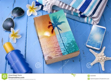 Chliya Travel Towel Weathered Blue sea glasses starfish and wood tropical travel royalty