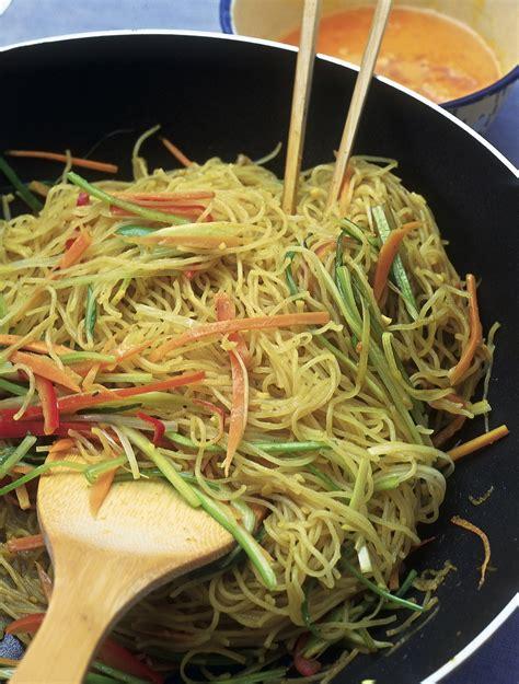 cucinare spaghetti di riso spaghetti di riso alle verdure ricetta la cucina di