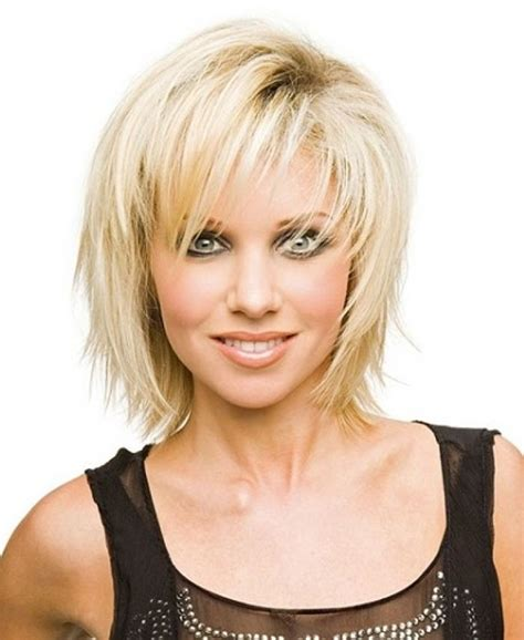 Short Choppy Layered With Bang For Fine Hair Long Face | choppy side bang hairstyles short choppy layered