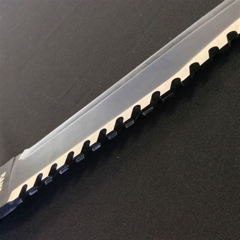 rambo blood knife the rambo 2 knife looks awesome but is it functional
