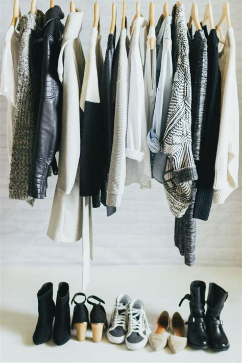 How To Capsule Wardrobe by Organize Your Closet With A Capsule Wardrobe
