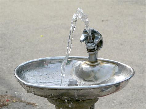 drinking fountain wikipedia