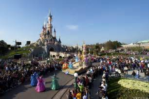 Disneyland paris has more to offer to the skilled tourist