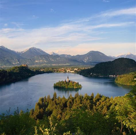 Slovenia Lake | lake bled slovenia beautiful places to visitbeautiful