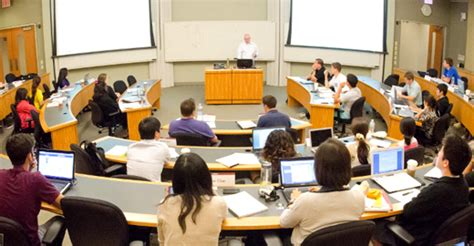 Chicago Booth Business School Weekend Mba Cost by Downtown Cus Gleacher Center The Of