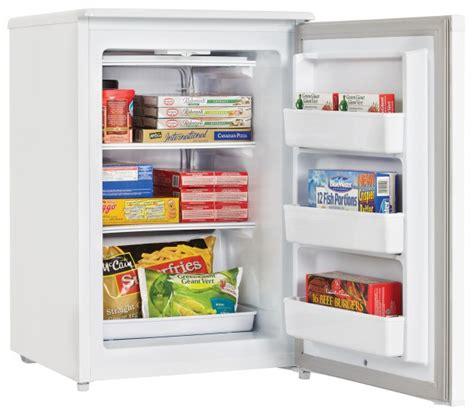 dufm043a1wdd danby designer 4 3 cu ft freezer en