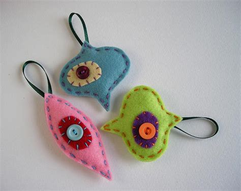 Handmade Ornaments - 20 simple yet handmade ornaments 2013