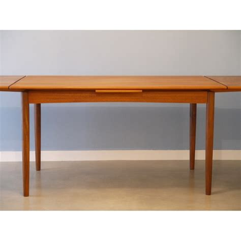 table salle a manger style scandinave table en teck salle a manger