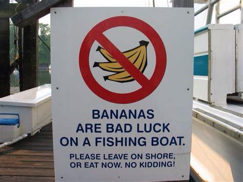 no bananas allowed on the boat fishfishme - No Bananas On The Boat
