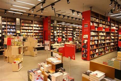 libreria coop torino coop libreria con sezione bambini a collegno to