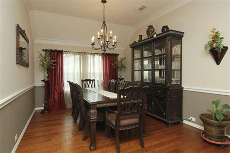 Two Tone Dining Room Wall Colors - dining room two tone paint ideas www pixshark