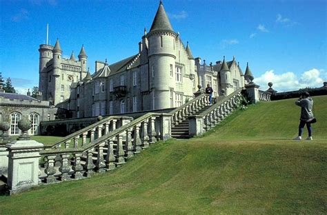 cmo leer castillos la reina isabel ii de inglaterra o c 243 mo dar 42 vueltas al mundo en 90 a 241 os foto 9