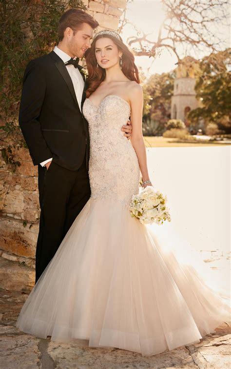 fit  flare wedding dress  tulle skirt essense