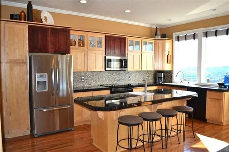 what color granite goes with cabinets what color granite goes with maple cabinets