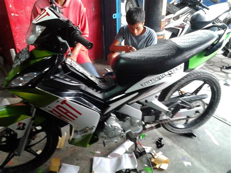 Warna Variasi Motor by Sle Variasi Sticker Motor Express Sticker