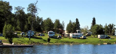 lake of the woods house boats lake of the woods ontario houseboats trailer park ontario