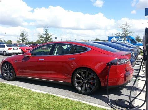 Tesla Model S Battery Upgrade Base Tesla Model S Gets Battery Upgrade To 75 Kwh