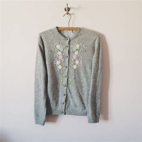 Embroidery Cardigan vintage 1950s grey floral embroidered cardigan grey