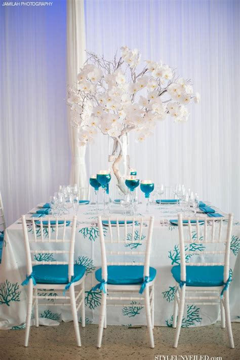 turquoise and white wedding table decor j morgan flowers