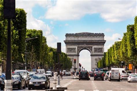 G Nstige Kfz Versicherung In Frankreich by Autoreisen Nach Paris Die Wichtigsten Fakten Und Tipps