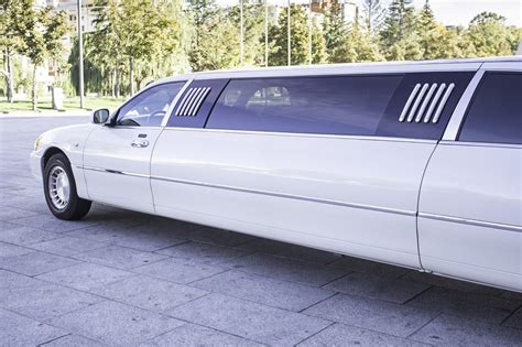 finding limo 5 tips for finding the limousine service