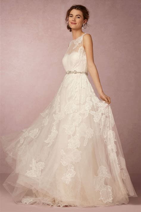 High Wedding Dresses by Keep Up With The Kardashians With A High Neck Wedding