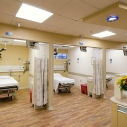 holy cross hospital emergency room holy cross hospital 30 fotos y 100 rese 241 as hospitales 1500 forest glen rd silver