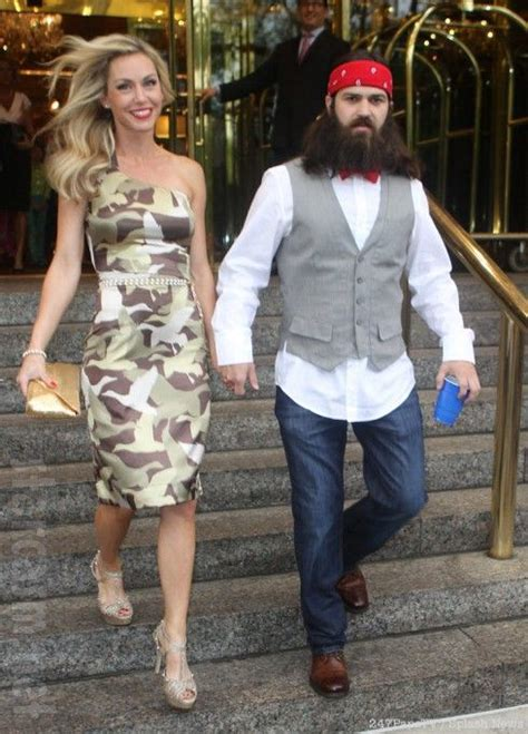 duck dynasty jessica robertsons hair style duck dynasty s jessica robertson in a camouflage dress