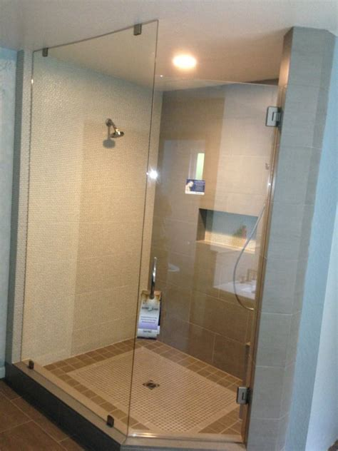 Glass Shower Guard by 3 8 Quot Clear Temp Shower Guard Glass To The Ceiling On The