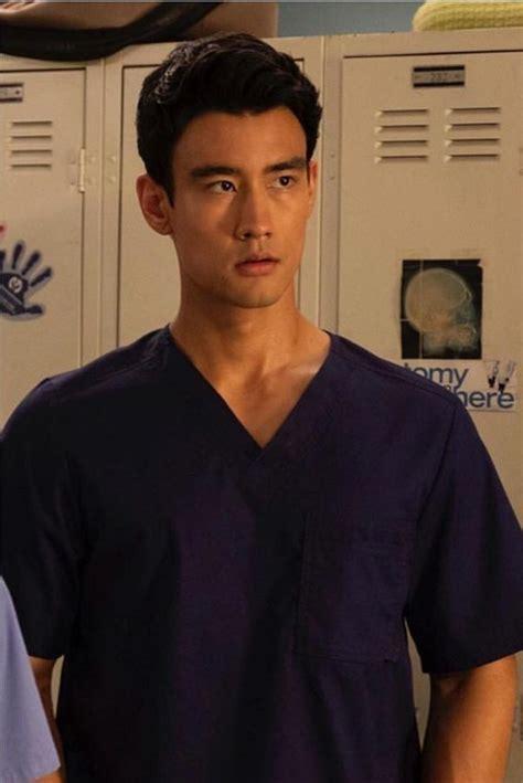 grey s anatomy nico kim actor who is alex landi grey s anatomy s hot new gay doctor