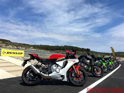 test gomme moto prova gomme moto dunlop sportsmart2 max 2017 motociclismo