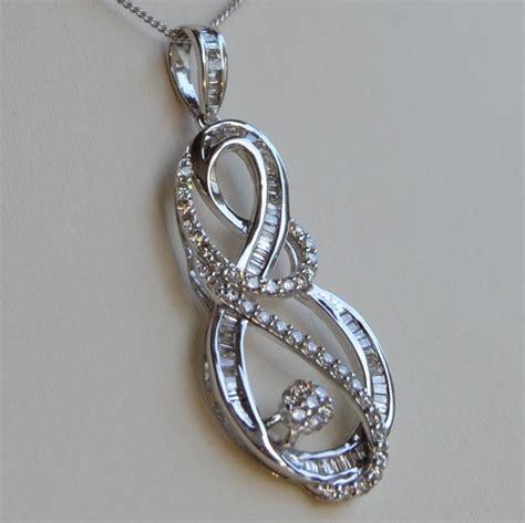 cadenas de oro y diamantes cadena con colgante de oro blanco y diamantes de 2 ct