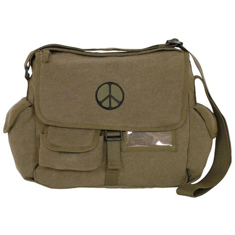 Five Of The Best Messenger Bags As Seen On Cameron Diaz And David Beckham by Fox Tactical Retro Messenger Bag 296634 Style
