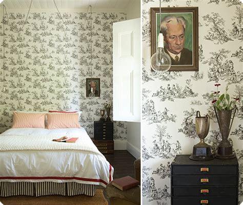 toile wallpaper bedroom bedroom inspiration