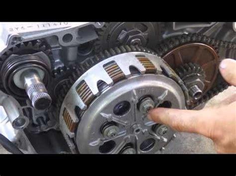 motorcycle clutch works youtube bike ideas motorcycle motorcycle mechanic