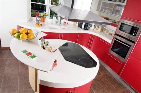 Two Tier Kitchen Island Patarimai Kuriantiems Virtuvę Delfi Gyvenimas