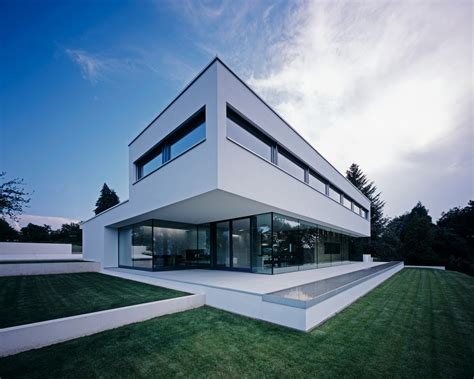 modern residence opening up to fantastic views in germany