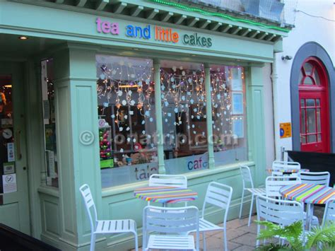 are shops open on new year cake shops open on new year 28 images new year 2015 4