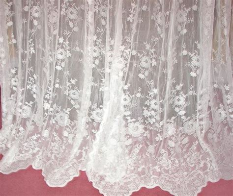 2nd Vintage French Country Victorian Chic White Net Floral
