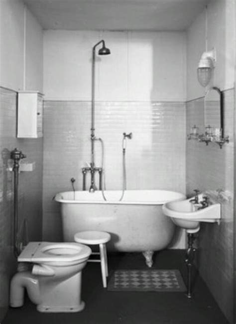 1940s Bathroom Design 1930s 1940s Bathroom Bathroom Bathrooms And Bathroom
