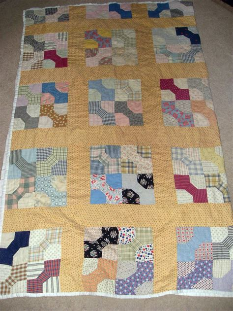 Patchwork Quilt Cutters - bow tie quilts of the thirties vintage bow tie quilt