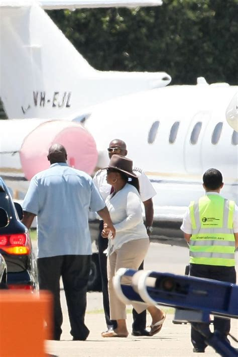 oprah winfrey jet oprah winfrey in oprah winfrey arrives in sydney on a