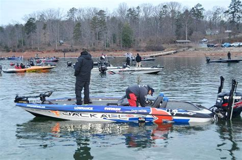 palmetto boat center fishing tournament palmetto state showdown commences flw fishing articles