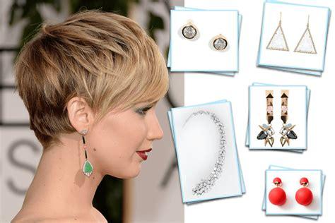 hair cuts and earring tips 結婚式の髪型 ショートヘア お呼ばれヘアスタイル40選 wedding tips ウェディングのプロが届ける