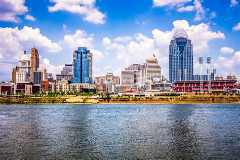 Search Cincinnati Image Cincinnati Skyline Photo Large Canvas Print Buy Stock Photo Metal Wall