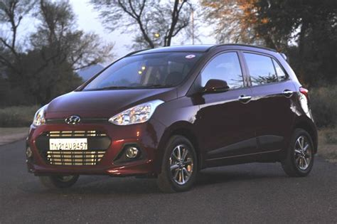 New Hyundai Grand i10 photo gallery   Car Gallery